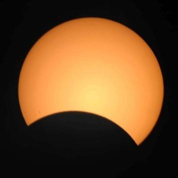 eclipse_parcial_x385_29mar06